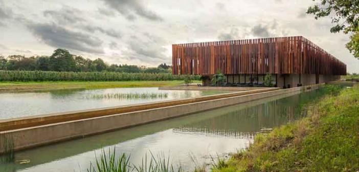 Crematorium Holsbeek schenkt geld voor team van Marc Van Ranst