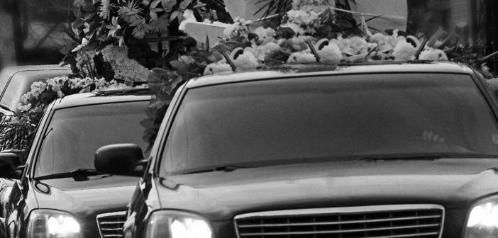 Huren we straks aanwezigen in voor begrafenissen?