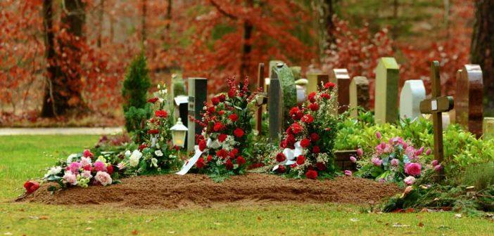 Weet u waar uw overledene naartoe gaat als u een online begrafenisondernemer onder de arm neemt?