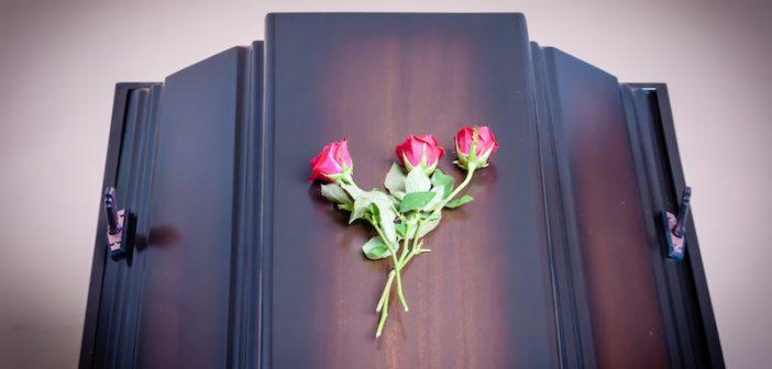 Corona of vermoeden van Corona, laat dit aan het crematorium weten